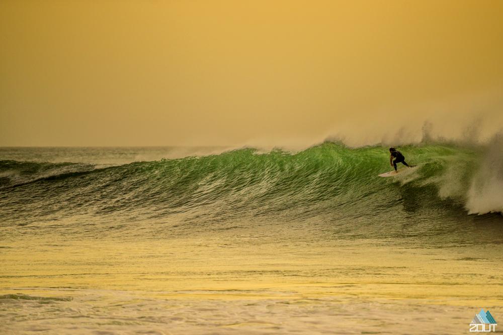 Ponte Preta surfing