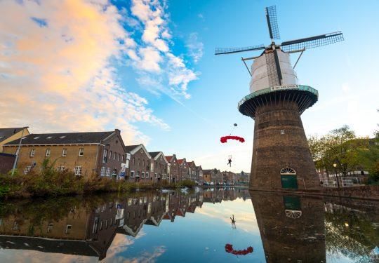 Basejump vanaf De Noordmolen Schiedam