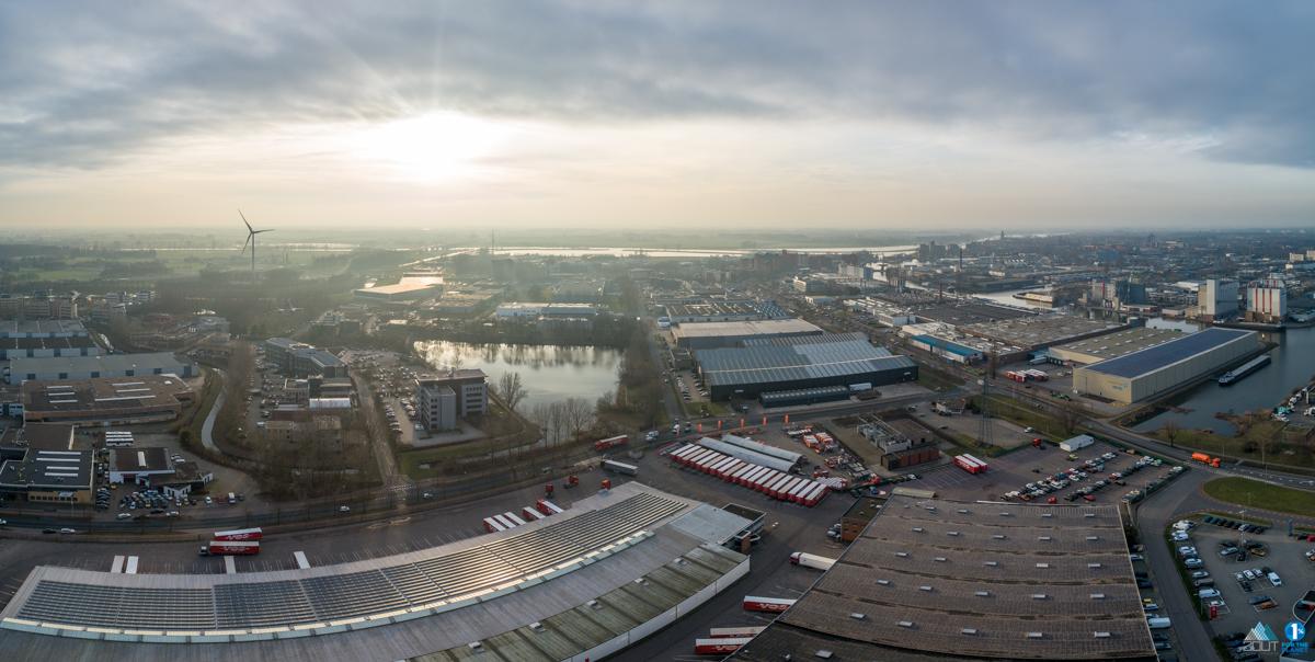 drone foto's Port of Deventer