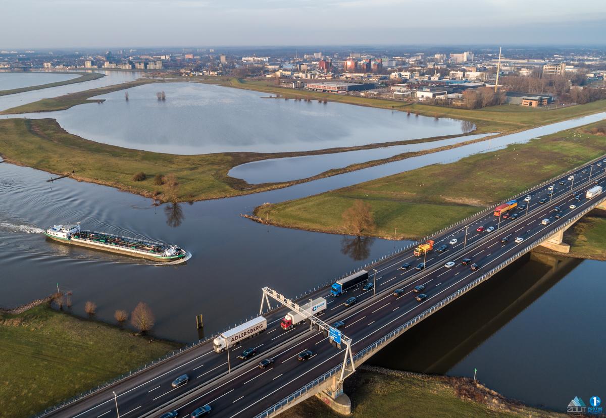 foto's Port of Deventer IJsselbrug Deventer