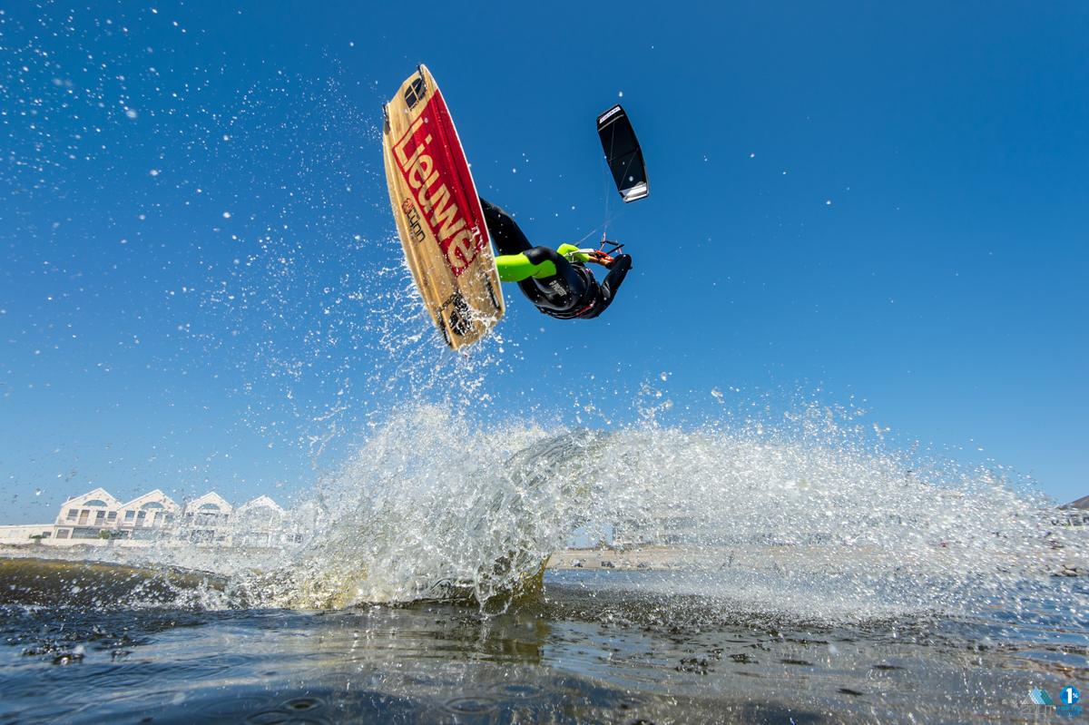 Extreme sport fotografie Lieuwe Kiteboards PLKB Kitesurfing