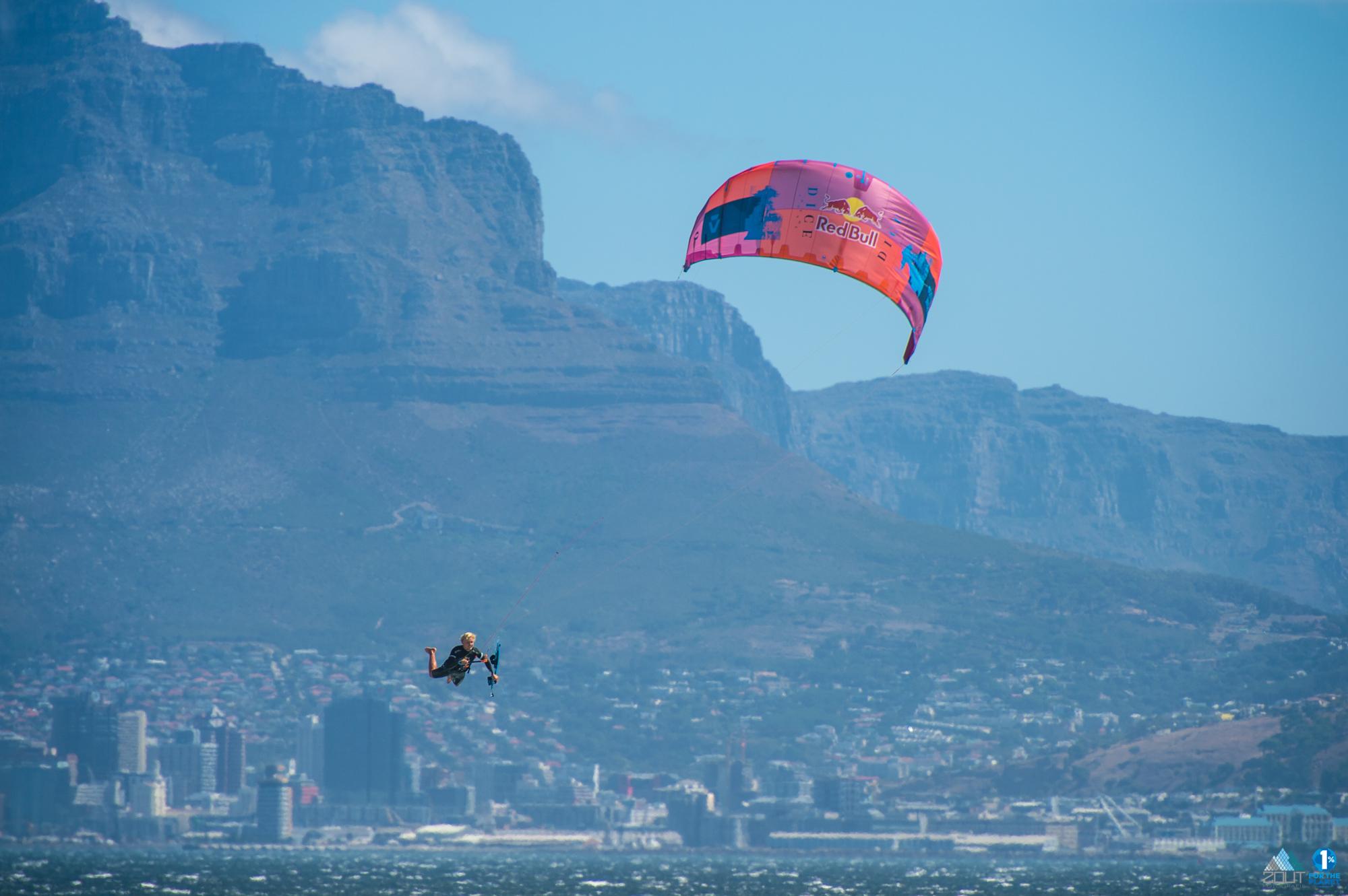 Lasse Walker Redbull King of the Air kitesurfing Cape Town kitesurfen fotografie KOTA