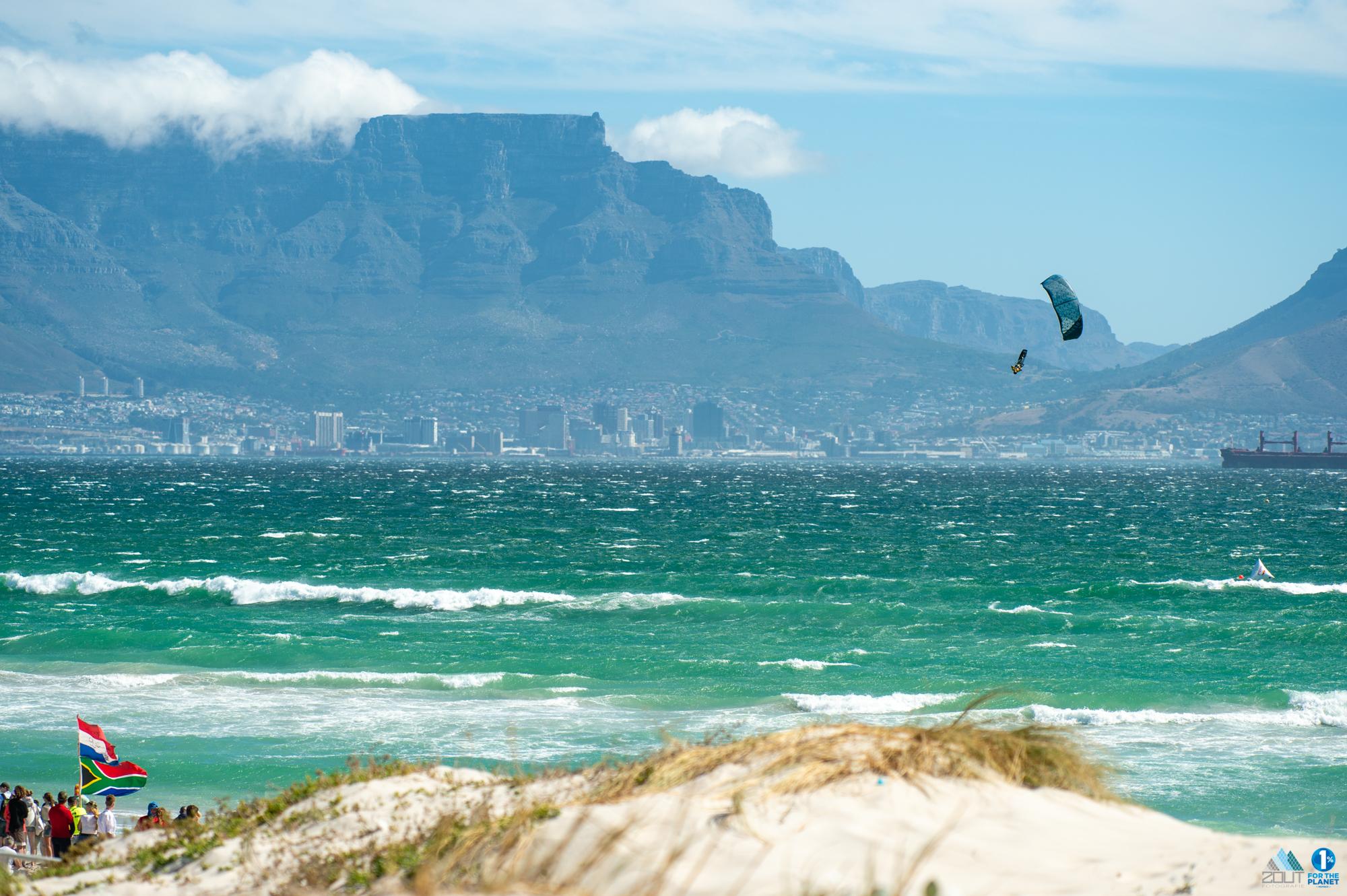 Redbull King of the Air kitesurfing Cape Town kitesurfen fotografie