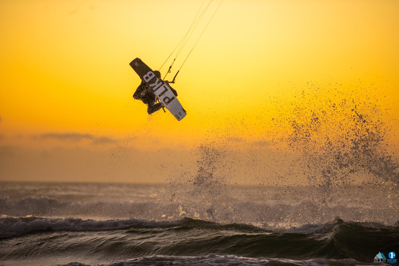 PLBK kitesurfboard