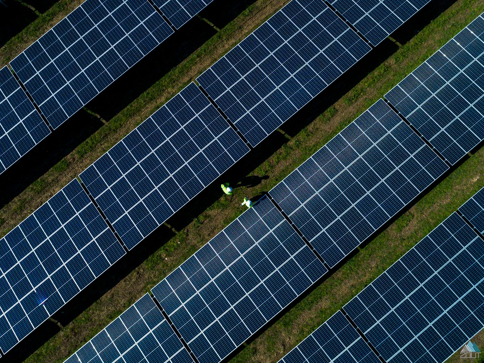 Zonnenpanelen zonnenenergie drone